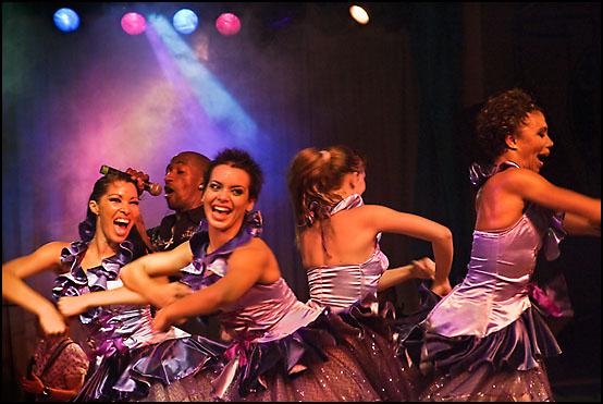 Danseforestilling i Habana Café