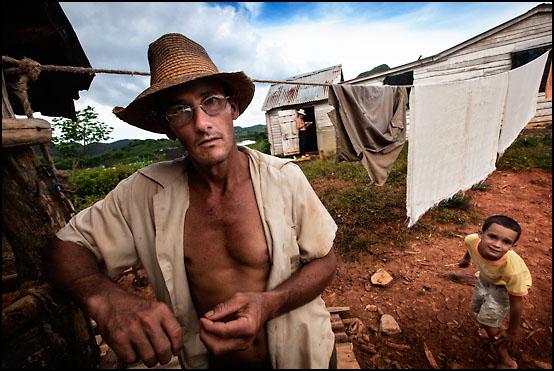 """El Norte"" Nuñez ved gården sin"