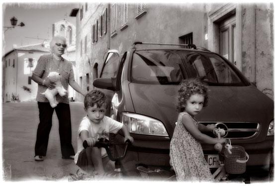 Gatelivet i San Querico går i et langsomt tempo