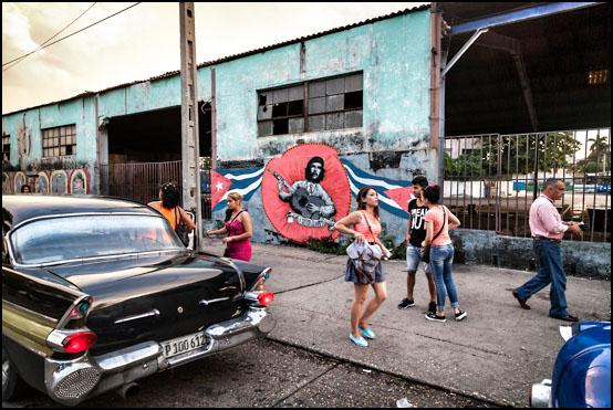 Gatekunst og propaganda i bydelen Marianao